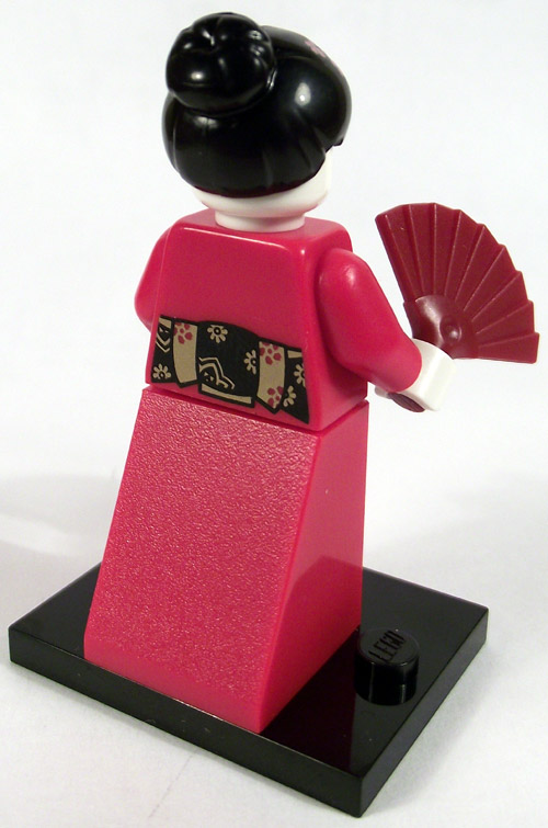 https://i2.wp.com/www.brickshelf.com/gallery/mirandir/Recensioner/Minifigures4/geisha_back.jpg