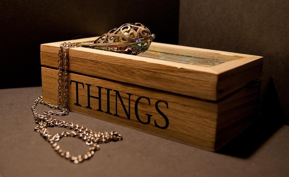 Lancez-vous dans la création de vos supports à bijoux