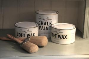 700_annie-sloan-chalk-paint-brushes