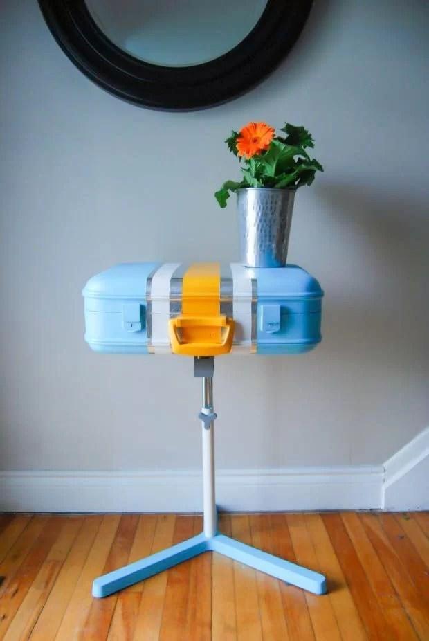 decorar con maletas y reciclar como una mesa