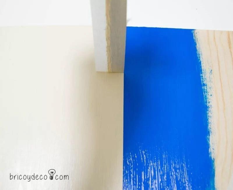 truco para pintar líneas perfectas combinando dos colores