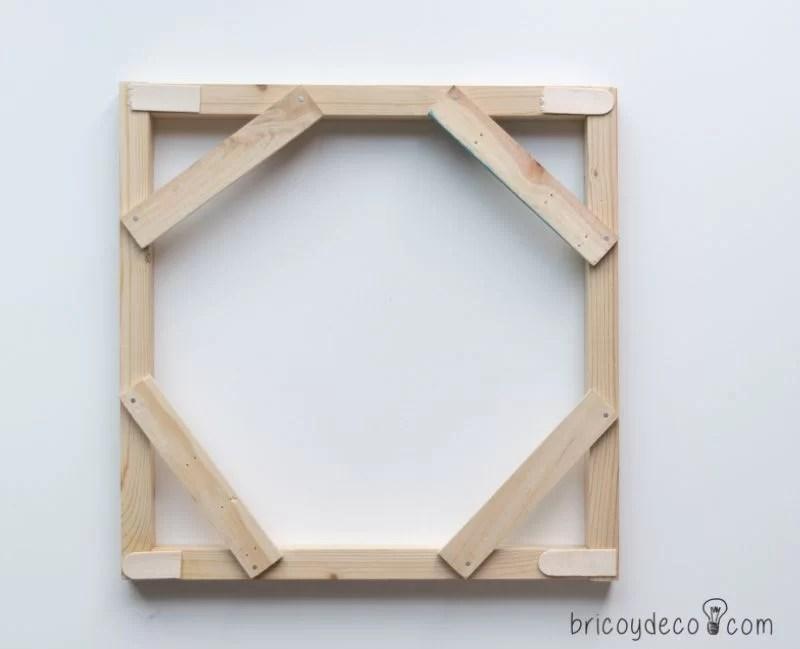 marco de madera para bandeja