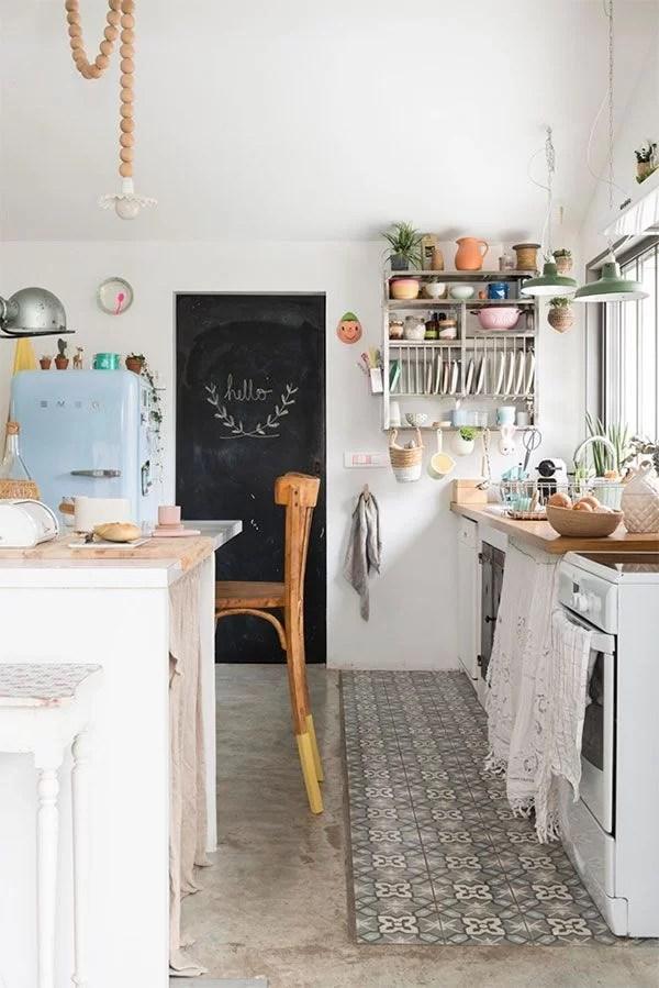 ideas para decorar con baldosas hidráulicas en la cocina
