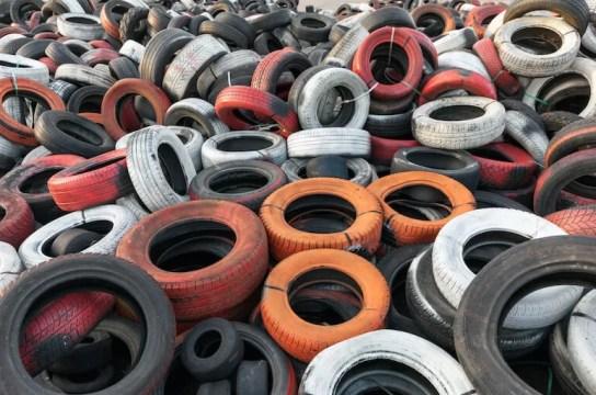 cómo pintar neumáticos