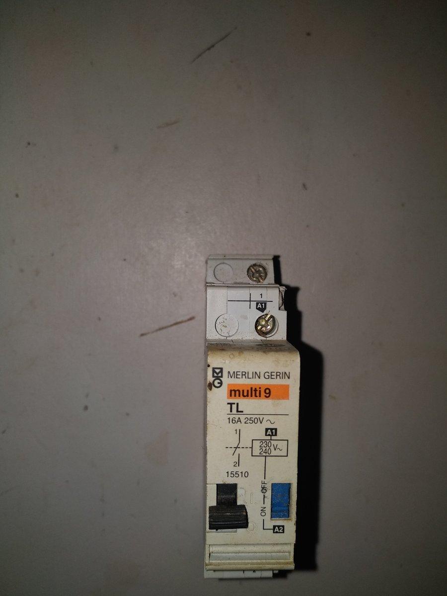 Probleme Cablage Telerupteur Schneider Tl Clic 16 Ax