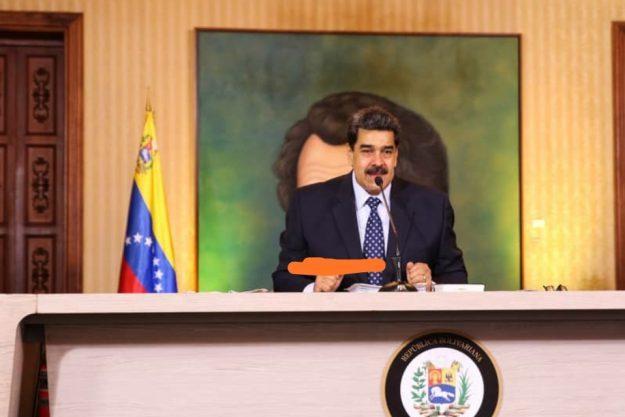 """""""Dejo mi destino en manos del pueblo. Si la oposición gana estas próximas elecciones yo me voy de la presidencia. Acepto el reto"""""""