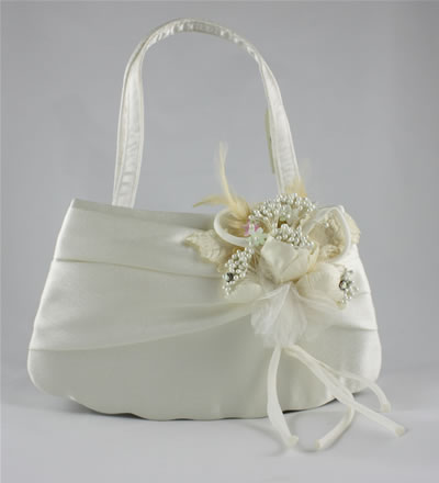 https://i2.wp.com/www.bridal-jewellery.co.uk/wedding_jewellery_images/full/N086417.jpg