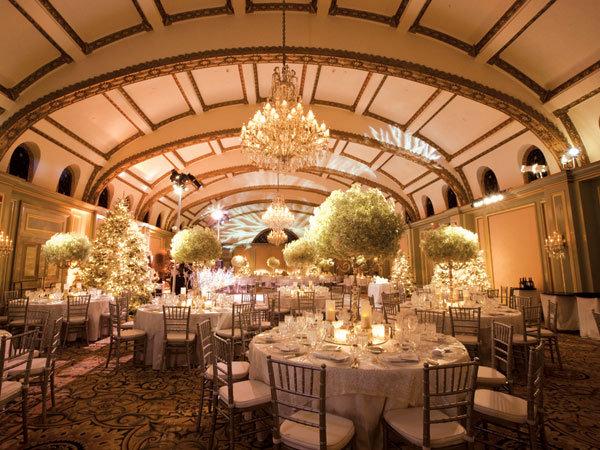 Willow Branch Centerpieces On Winter Wonderland Tables