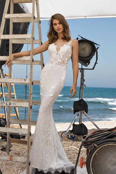 pnina tornai beach wedding dress | deweddingjpg.com