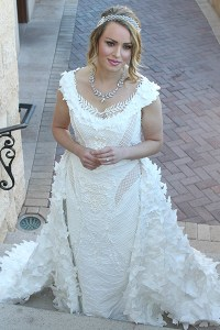 Unbelievable Wedding Dresses Made of Toilet Paper   BridalGuide toilet paper wedding dress first prize