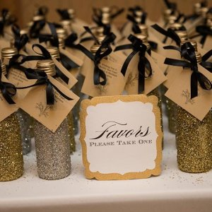25+ Edible Wedding Favors Your Guests Won't Leave Behind ...