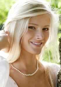 Bride Fashion Model 10