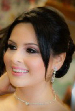 Bridal Makeup by Aradia - Real Bride 05 - Bride Liz