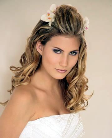 bride wedding hair romantic bridal hairstyles
