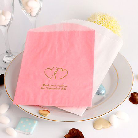 Top 5 Wedding Cake Accessories You Need At Your Wedding   B G Personalised Wedding Cake Bags
