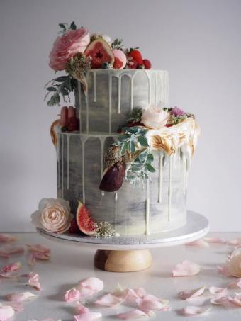 Our Top Ten Wedding Cake Trends | British wedding blog - Bride and Tonic