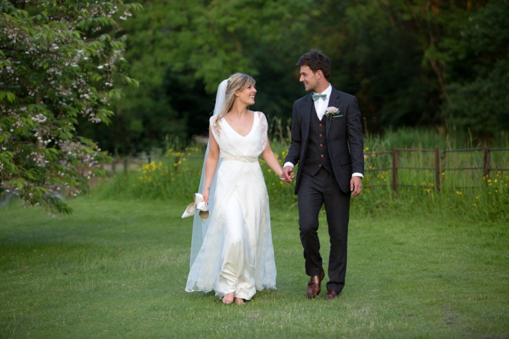 Ann Aveyard Photography | British wedding blog - Bride and Tonic