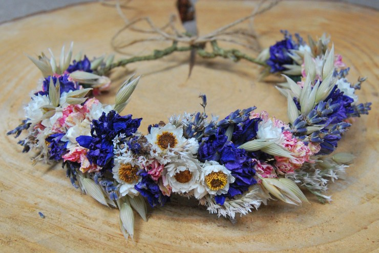 We Love: Stunning Dried and Preserved Flowers from Lotus Floral Art | British wedding blog - Bride and Tonic