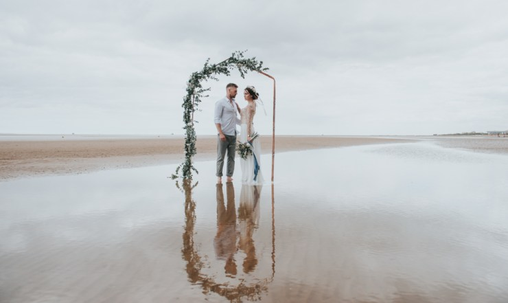 Styled Shoot || Under the Pier | British wedding blog - Bride and Tonic