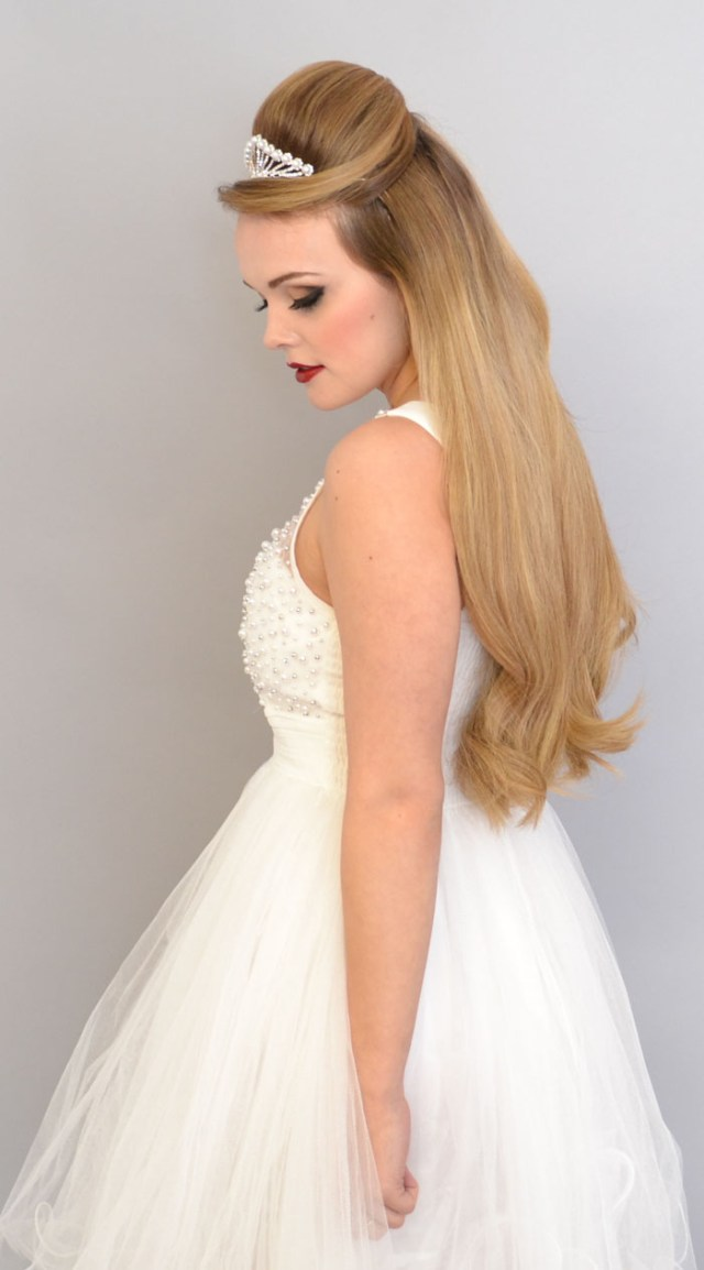 10 bridal hair looks using extensions