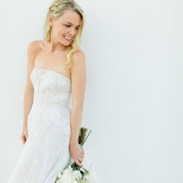 30 ways to wear your hair down for your wedding