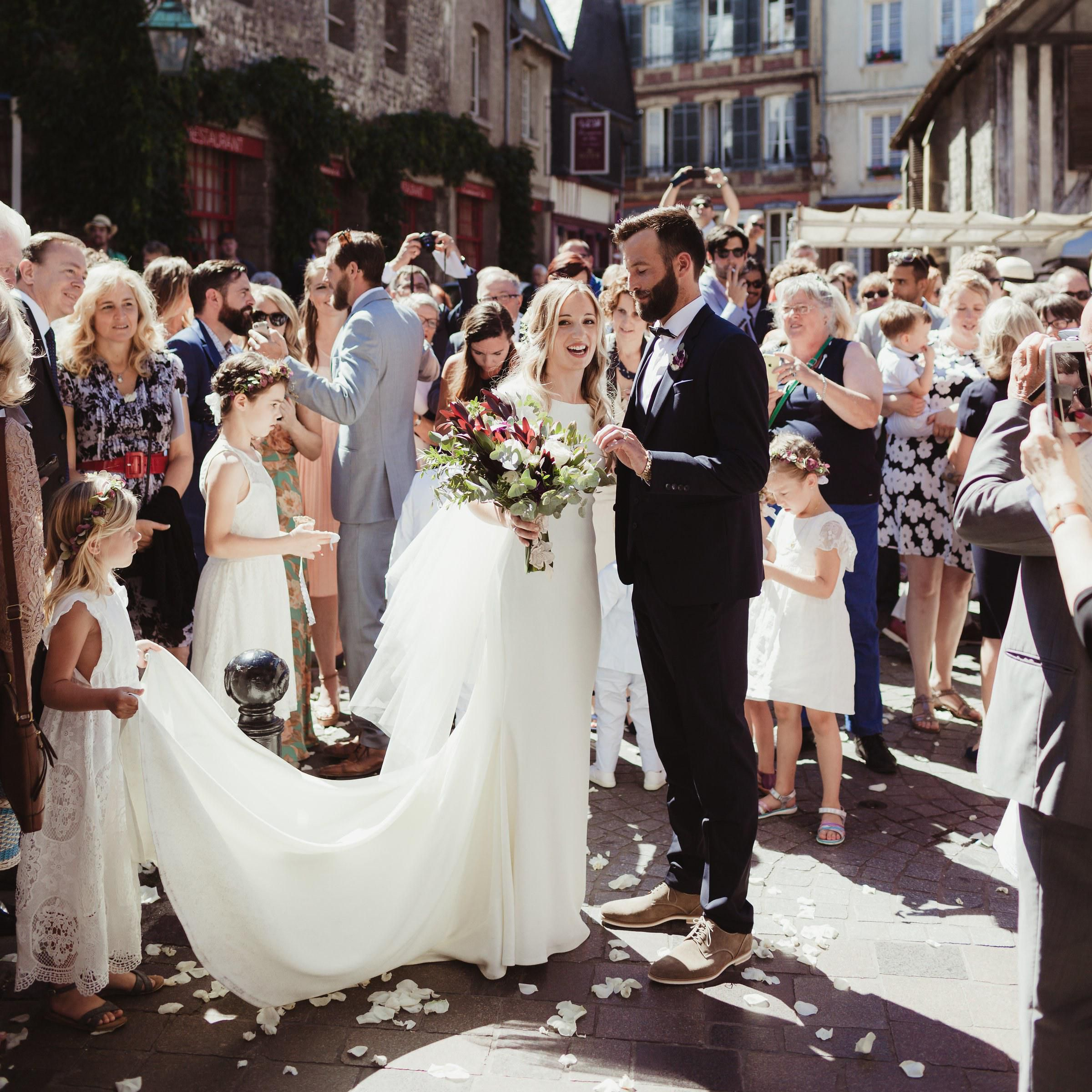 25 Super Chic French Inspired Wedding Details