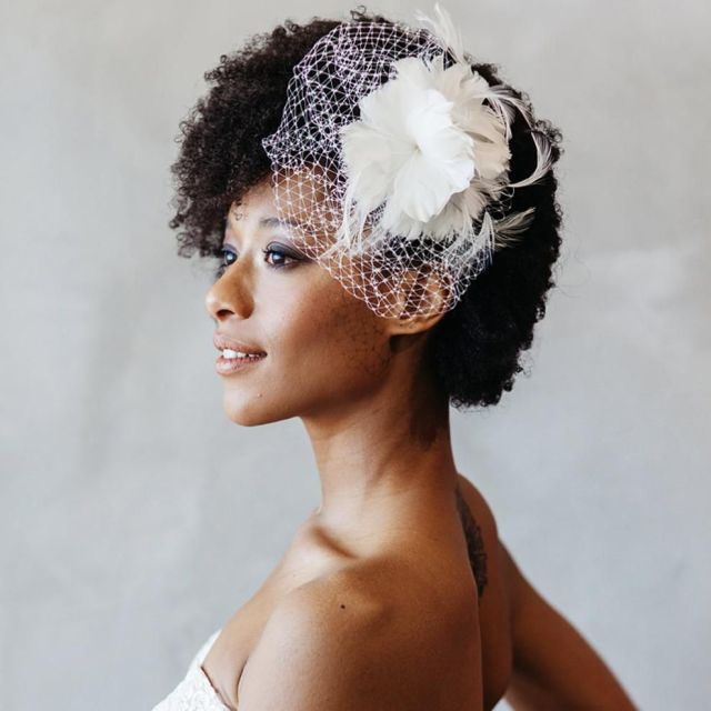 19 gorgeous wedding hair accessories for every type of bride