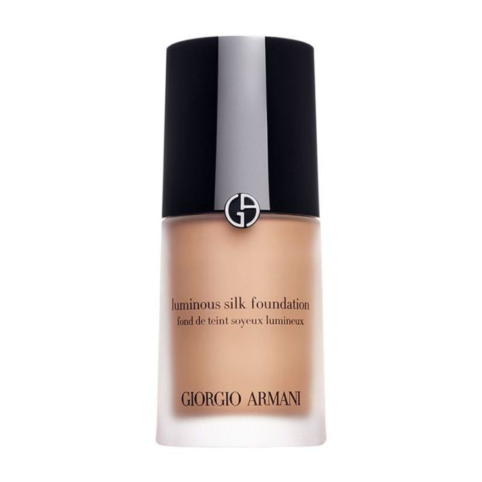 the best foundations for your wedding, according to