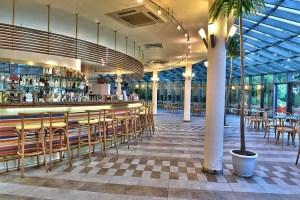 Le Bar Perroquet