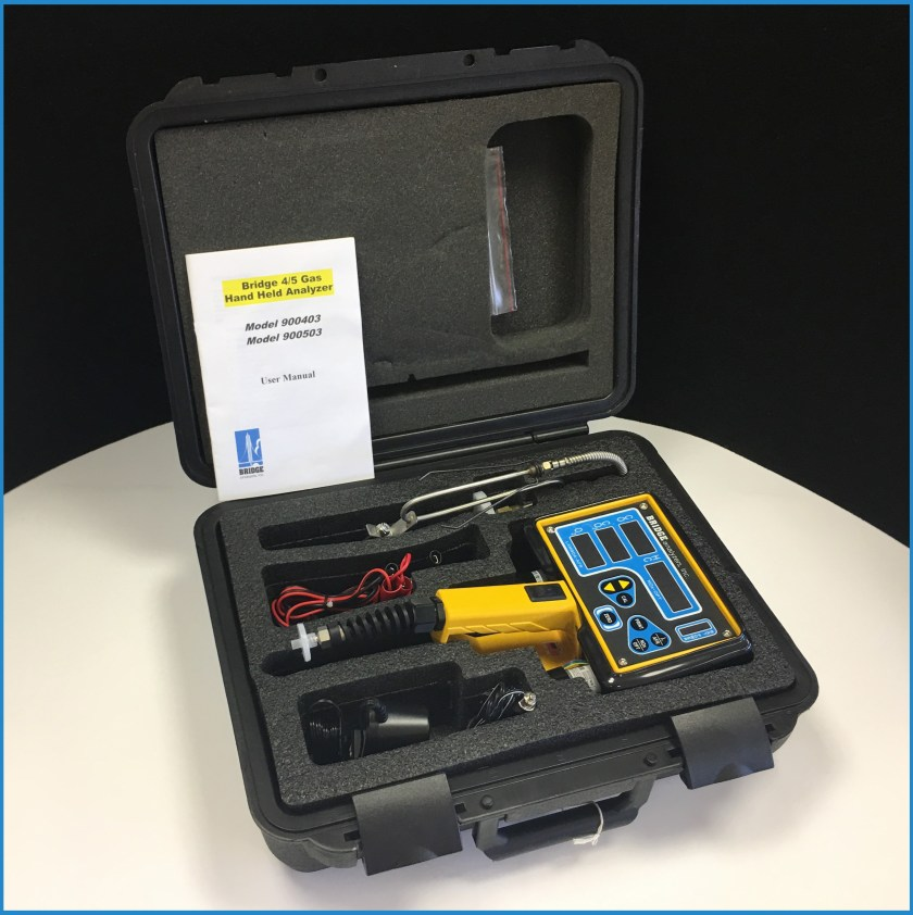 5 gas exhaust analyzer with case