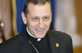 bishop-scholarship-photo