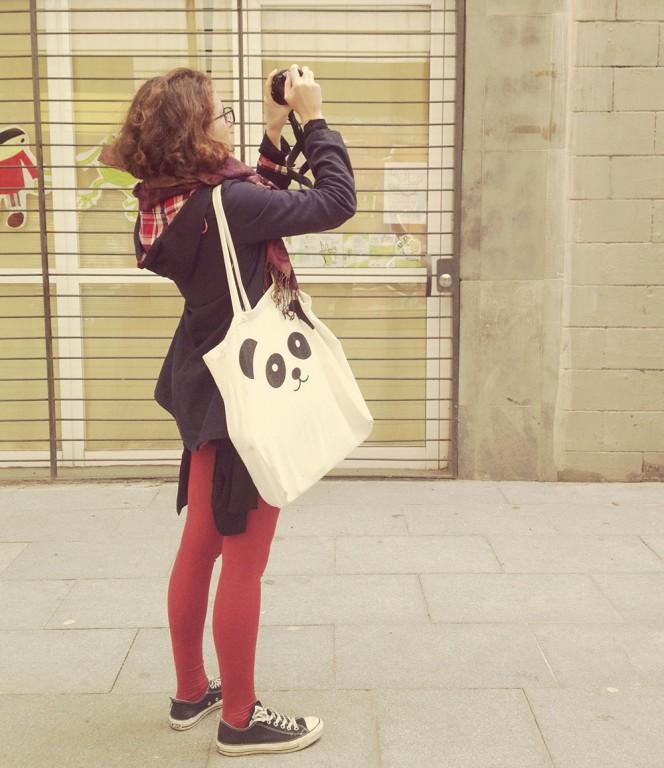 Victoria taking photos