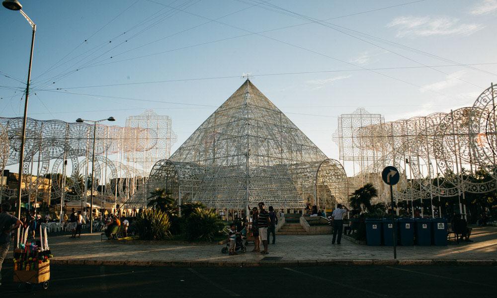 Notte delle Luci pyramid unlit