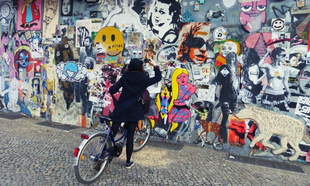 Taking photos of grafitti in Berlin