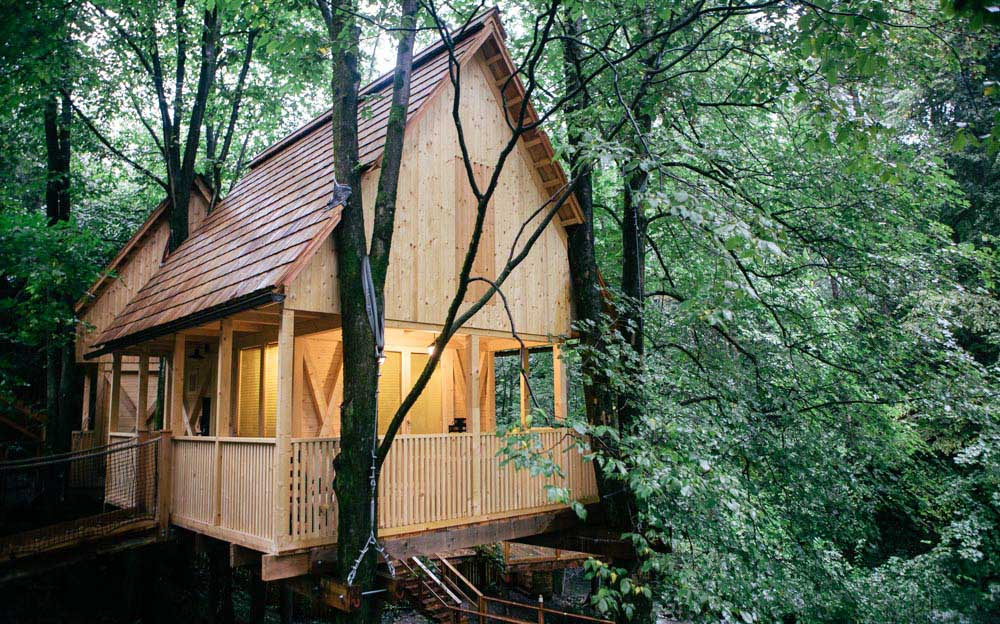 Tree house glamping in Slovenia