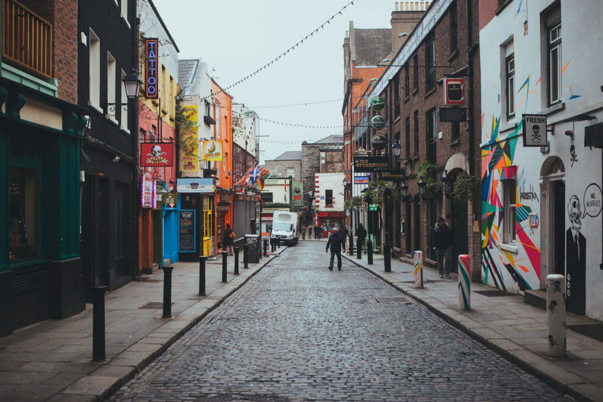 Reasons to visit Dublin - Explore Temple Bar
