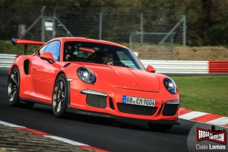 Mark Webber drives 2016 Porsche 991 GT3RS at the Nürburgring