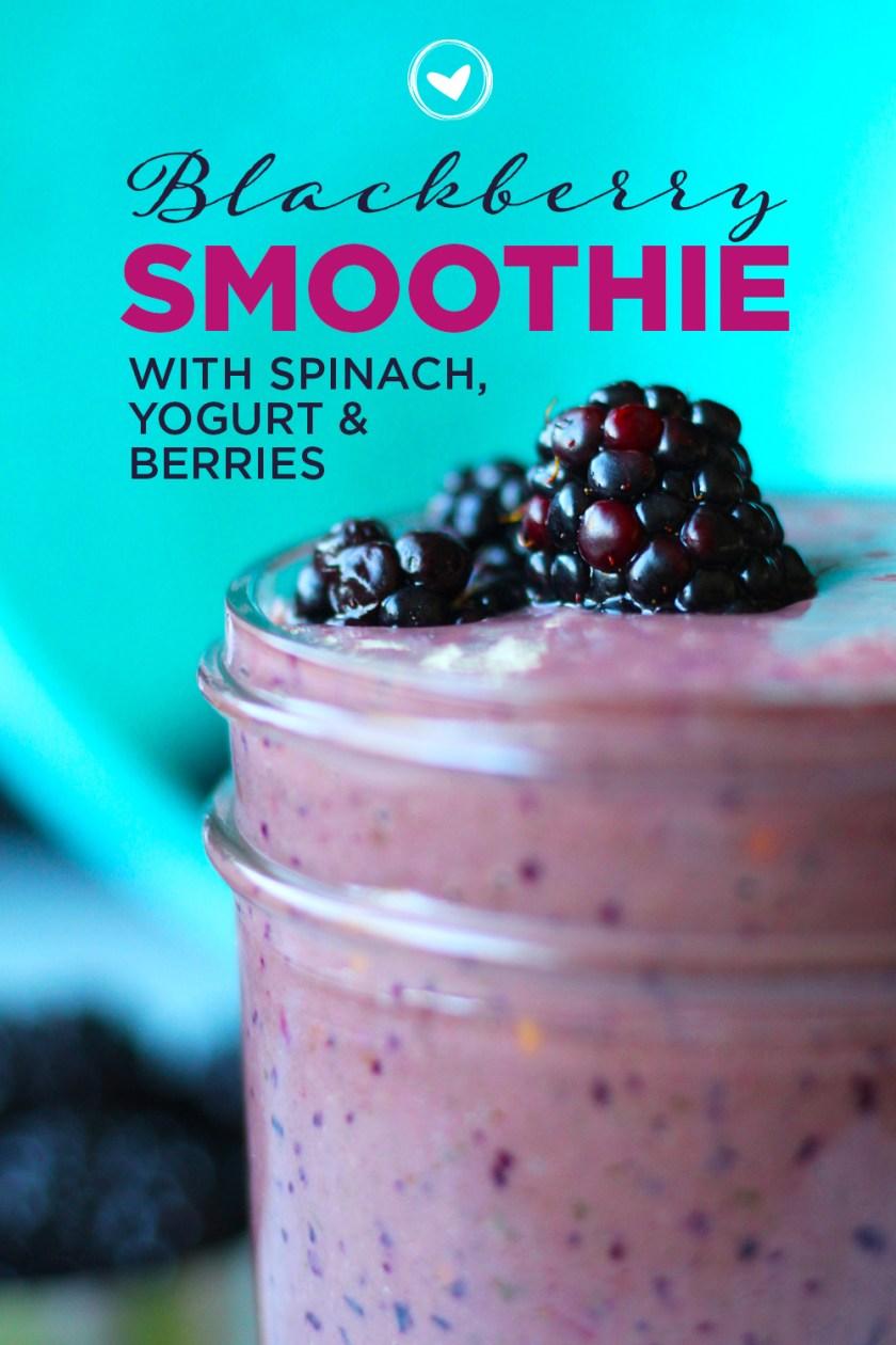 Blackberry Smoothie With Spinach, Yogurt & Berries