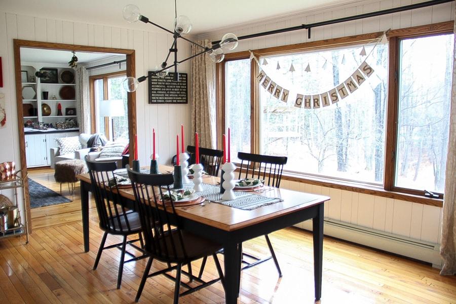 Modern Christmas Dining Room