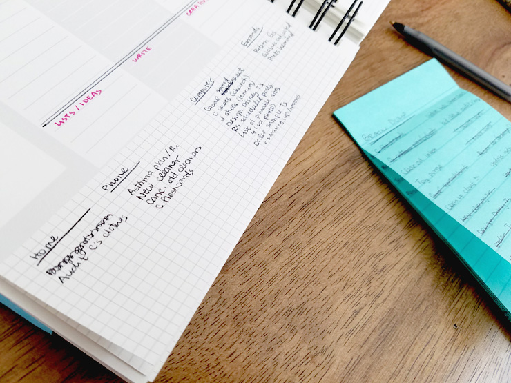 Batch your to-do list by making smaller, categorized lists! #productivity #mindorganization