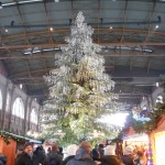 Zurich Xmas mkt in train station - Swaroski crystal tree