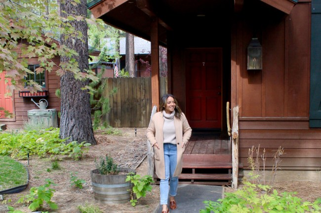 A Cozy South Lake Getaway At The Black Bear Lodge