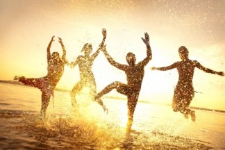 dancing in the waves_123rf