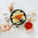 Einfach lecker: Frische Nudeln mit Tomatenpesto von der Nippesküche.