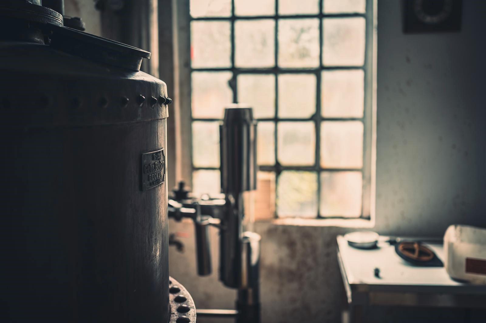 Uko Vodka destillierer Nahaufnahme