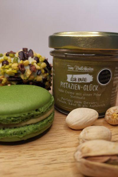 Pistazien Macarons mit feine Köstlichkeiten Glas Rezept