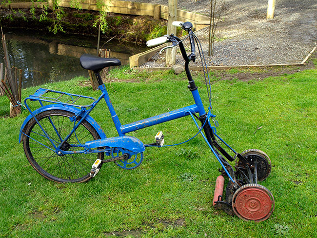Cylinder mower bicycle1 - 16 Ways to Become the MacGyver of Fall Lawn Care