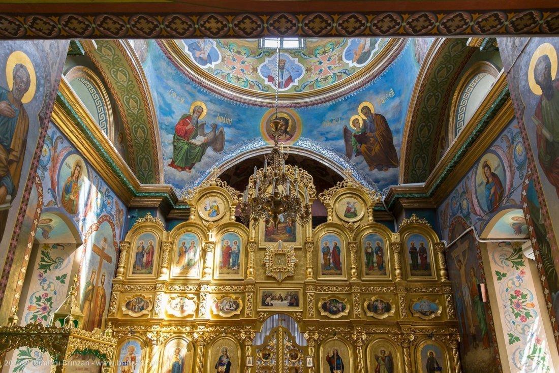 hancu-monastery-moldova-2016-11