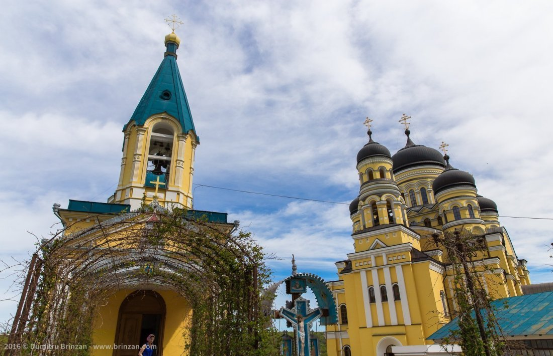 hancu-monastery-moldova-2016-5