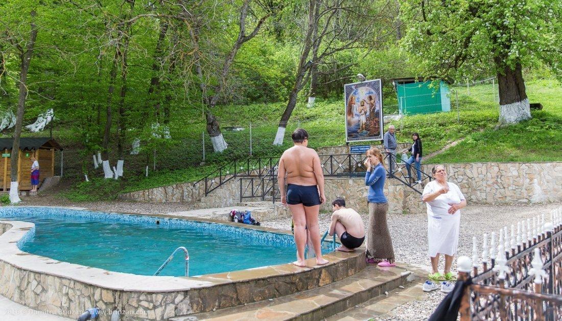 hancu-monastery-moldova-2016-7a